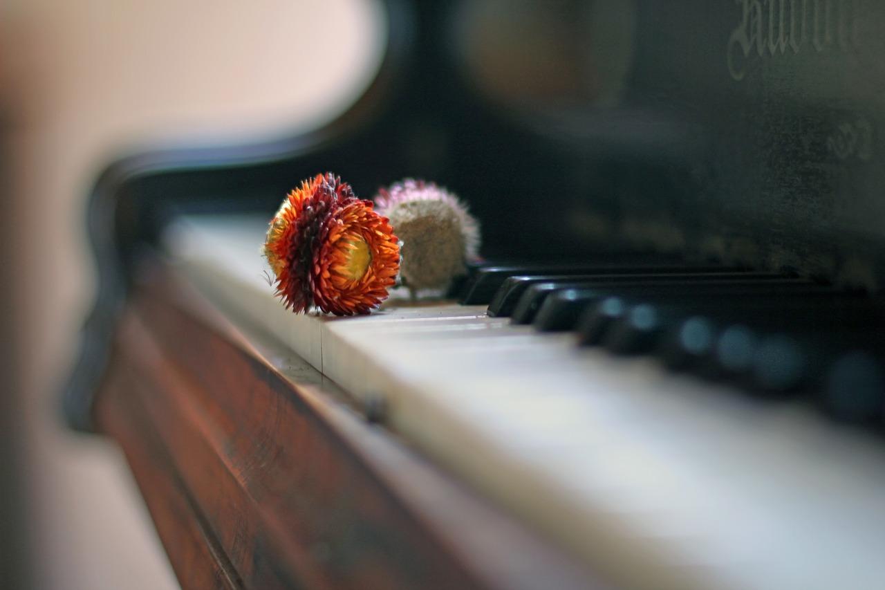 piano-2308370_1280