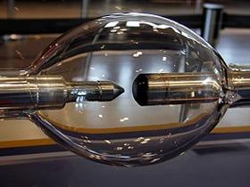 CnLamp-超高压气体放电灯技术和产业化
